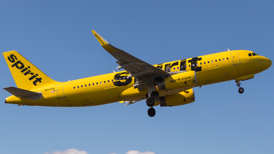A picture of N624NK - Airbus A320232 - Spirit Airlines - © Alonso Cisneros
