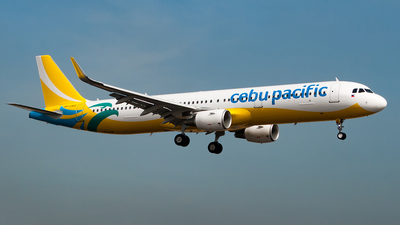 RP-C4112 - Airbus A321-211 - 8245
