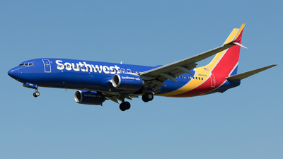 N8668A - Boeing 737-8H4 - Southwest Airlines