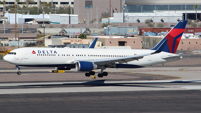A picture of N16065 - Boeing 767332(ER) - Delta Air Lines - © Alexander Aston