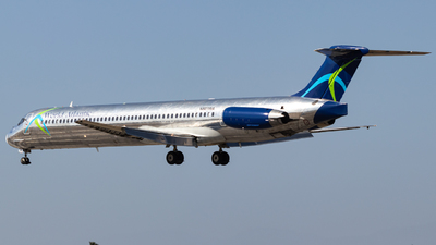 A picture of N801WA - McDonnell Douglas MD83 - World Atlantic Airlines - © Issac