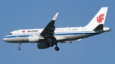 A picture of B6478 - Airbus A319115 - Air China - © Li Youyang