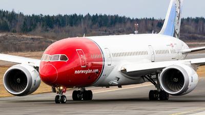LN-LNH - Boeing 787-8 Dreamliner - Norwegian
