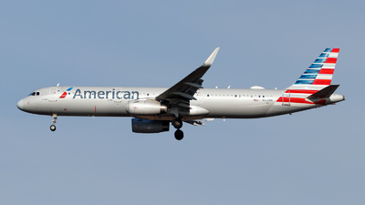 A picture of N102NN - Airbus A321231 - American Airlines - © Oliver Richter