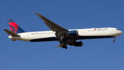 N831MH - Boeing 767-432(ER) - Delta Air Lines
