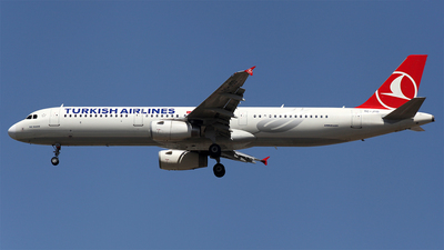 TC-JSD - Airbus A321-231 - Turkish Airlines
