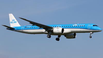 A picture of PHNXA - Embraer E195E2 - KLM - © Pawel Cieplak