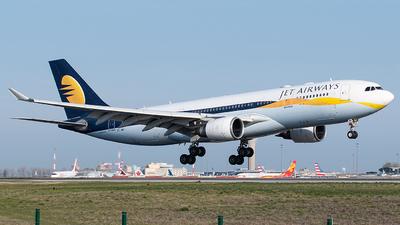 VT-JWP - Airbus A330-202 - Jet Airways