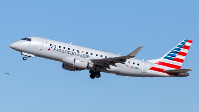 A picture of N212NN - Embraer E175LR - American Airlines - © HA-KLS