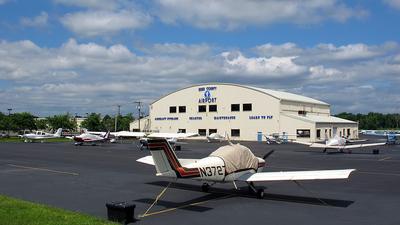 KCDW - Airport - Ramp