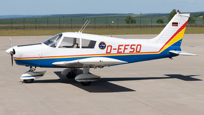D-EFSO - Piper PA-28-140 Cherokee F - Private