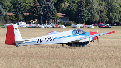 HA-1261 - Scheibe SF.25C Falke - Private