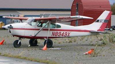 A picture of N8949X - Cessna 182D Skylane - [18253349] - © Jeroen Stroes