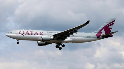 A7-AFM - Airbus A330-202 - Qatar Airways