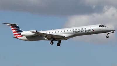 N687JS - Embraer ERJ-145LR - American Eagle (Envoy Air)