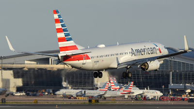 N968NN - Boeing 737-823 - American Airlines