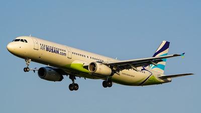 HL7730 - Airbus A321-231 - Air Busan