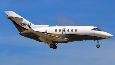 N744XP - Raytheon Hawker 800XP - Private