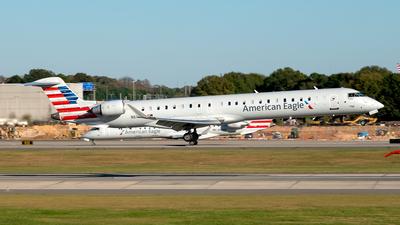 A picture of N610NN - Mitsubishi CRJ900LR - American Airlines - © Yan777
