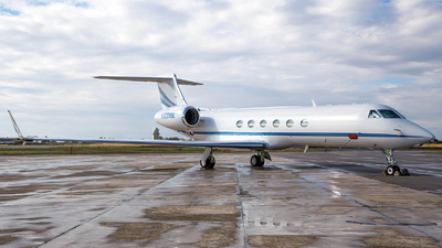 N328MM - Gulfstream G-V - Private