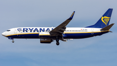 A picture of 9HQBW - Boeing 7378AS - Ryanair - © Debregabor