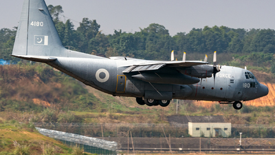 4180 - Lockheed C-130E Hercules - Pakistan - Air Force