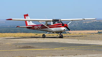 ER-CTO - Cessna 152 II - Private