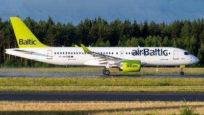 YL-AAS - Airbus A220-371 - Air Baltic