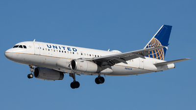 A picture of N816UA - Airbus A319131 - United Airlines - © Sean Brink