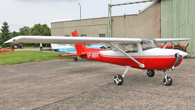 SP-MBR - Cessna 150M - Private