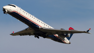 N725PS - Bombardier CRJ-701 - US Airways Express (PSA Airlines)