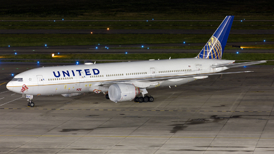 A picture of N77014 - Boeing 777224(ER) - United Airlines - © GFB
