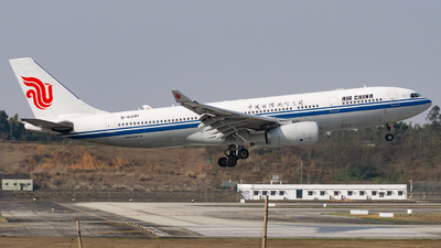 A picture of B6081 - Airbus A330243 - Air China - © Miaomiao