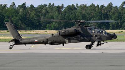 KAF015 - Boeing AH-64D Apache - Kuwait - Air Force