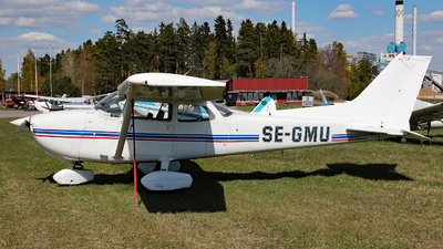 SE-GMU - Reims-Cessna F172M Skyhawk - Private