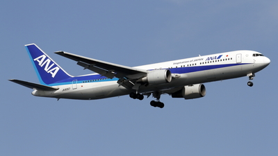 JA8357 - Boeing 767-381 - All Nippon Airways (ANA)