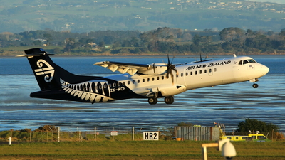 ZK-MCF - ATR 72-212A(500) - Air New Zealand Link (Mount Cook Airline)