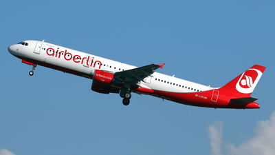 OE-LCK - Airbus A321-211 - Air Berlin (Niki)