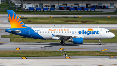 A picture of N216NV - Airbus A320214 - Allegiant Air - © Hector Rivera-HR Planespotter