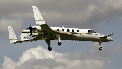 N45FL - Beechcraft 2000A Starship - Private