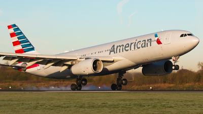 N280AY - Airbus A330-243 - American Airlines
