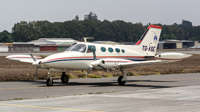 TG-ASE - Cessna 402A - Private