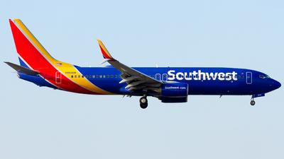 N8656B - Boeing 737-8H4 - Southwest Airlines