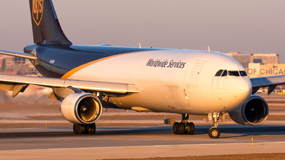 A picture of N150UP - Airbus A300F4622R - UPS - © Kevin Cargo