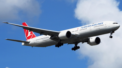 A picture of TCJJJ - Boeing 7773F2(ER) - Turkish Airlines - © toeychincha