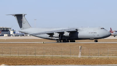 70-0451 - Lockheed C-5A Galaxy - United States - US Air Force (USAF)