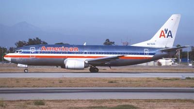 N676AA - Boeing 737-3A4 - American Airlines