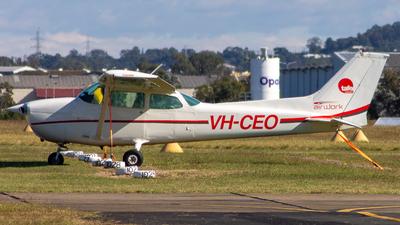 VH-CEO - Cessna 172N Skyhawk II - Private
