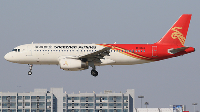 B-1842 - Airbus A320-232 - Shenzhen Airlines