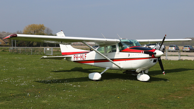 PH-HLF - Reims-Cessna F182P Skylane - Private